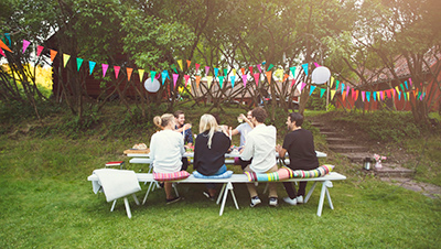 How To Host The Ultimate Backyard Party