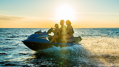 How To Safely Operate A Personal Watercraft
