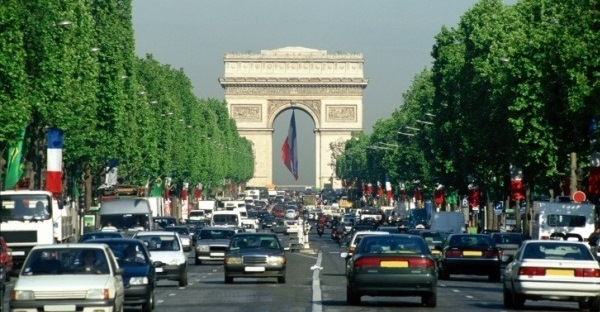 Arc de Triomphe on Avenue des Champs , Paris , France