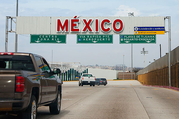 Mexico border highway