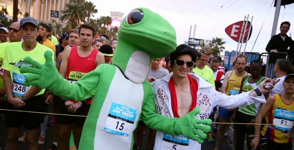 Gecko with Elvis Impersonator 2015 Rock N Roll Las Vegas Marathon