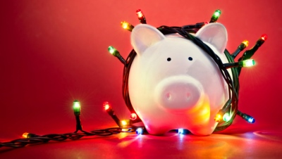 How to Set (And Stick To) A Holiday Budget