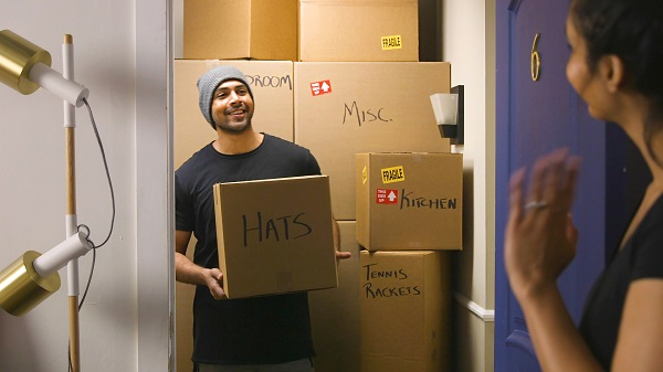 man moving in with woman