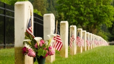 10 Ways To Honor The Fallen This Memorial Day Weekend