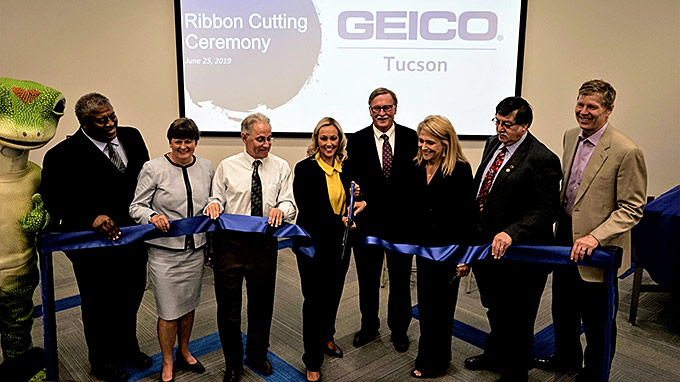 GEICO executives cut the ribbon on the company's new Tucson office